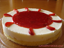 Torta allo yogurt fragole e limone
