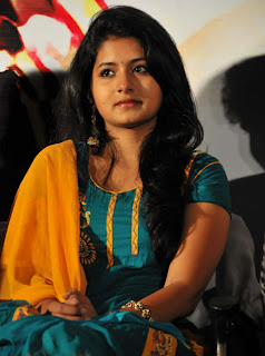 Reshmi Menon Cute Pics - moviegalleri.in