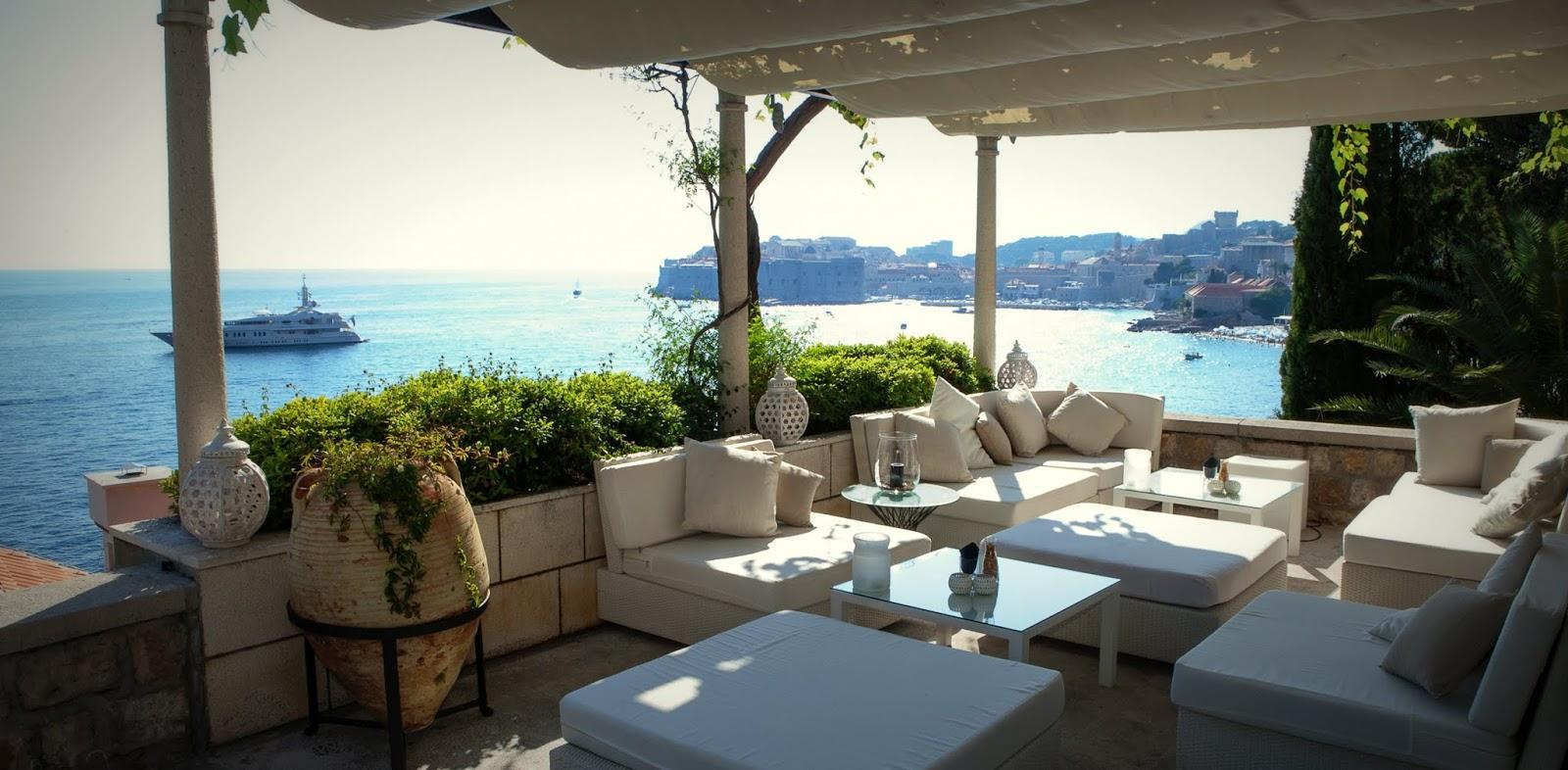 Grand Villa Argentina Lounge Bar