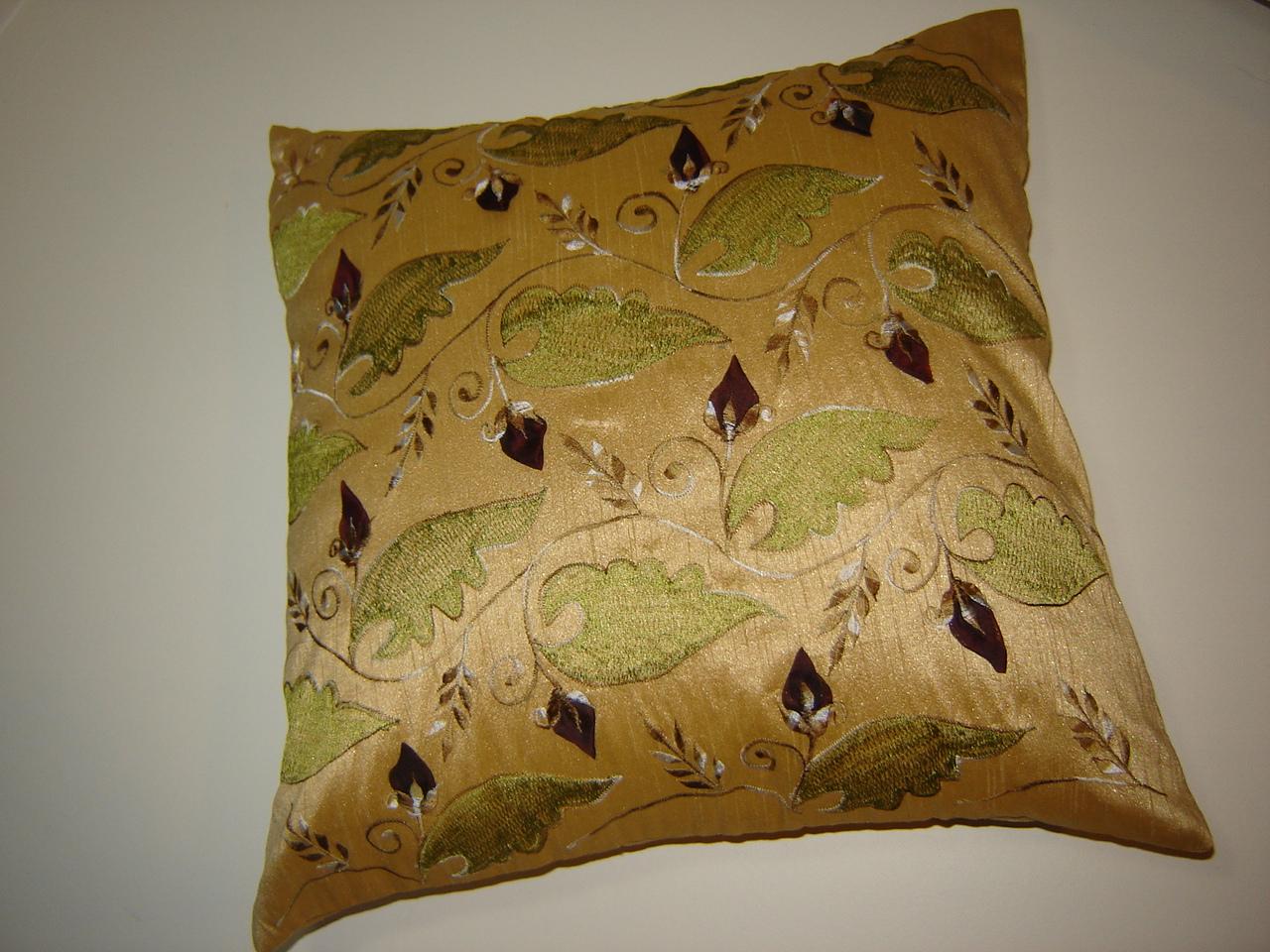 Outdoor Floor Cushions Designs of Home and Garden