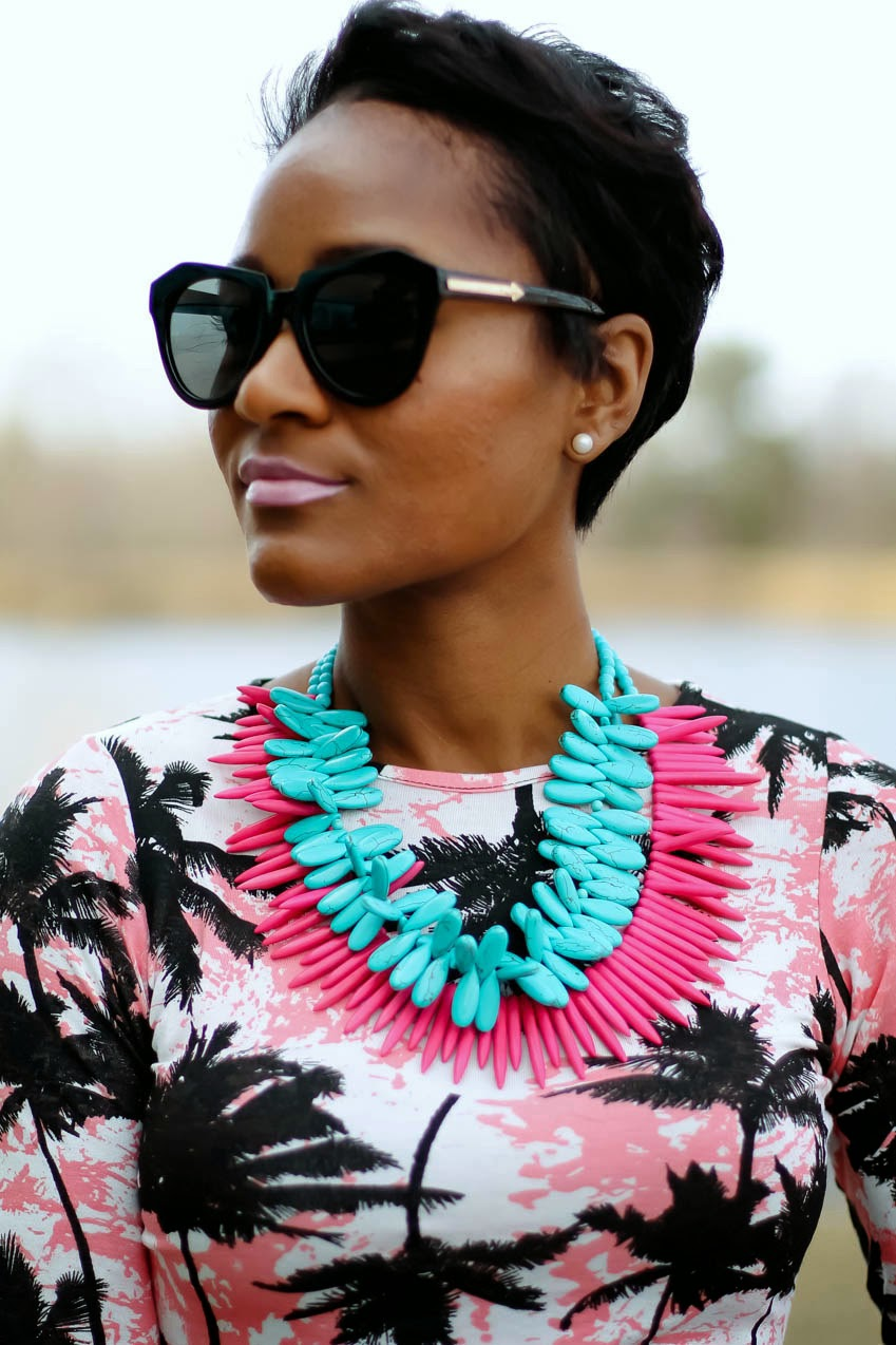 pink-statement-necklace