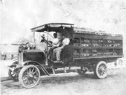 வரலாற்று சிறப்புமிக்க படங்கள் .... - Page 5 Truck+automobiletamilan