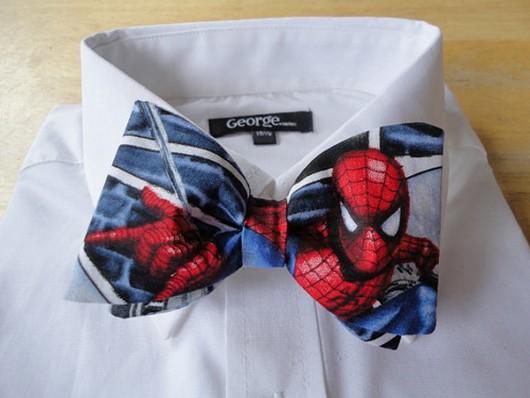gravata spider man homem aranha com tema de super heróis criatividade fotos eu adoro morar na internet