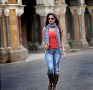 Gurleen Chopra Latest Pictureshoot Stills (4).jpg