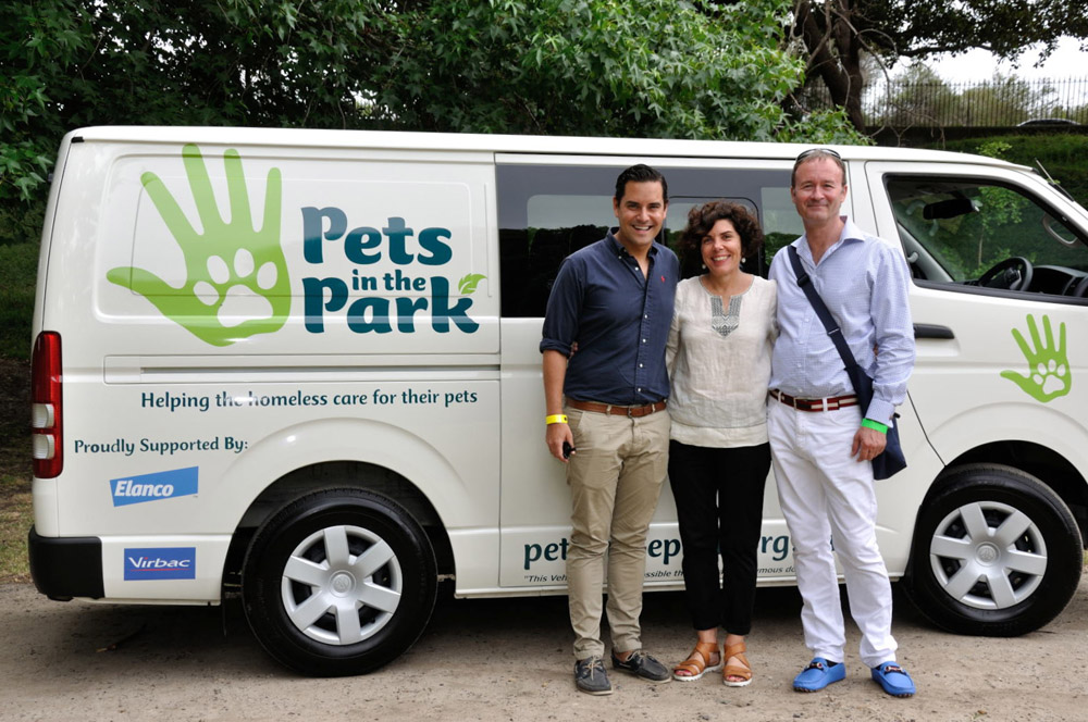 Alex Greenwich and Councillor Jenny Green and James Dorahy for Pets In The Park Gala Picnic, Centennial Park Sydney. Photographed by Unique Event Photography Sydney.