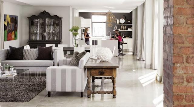 Aranżacja salonu z kuchnią domu w Johanessburgu
