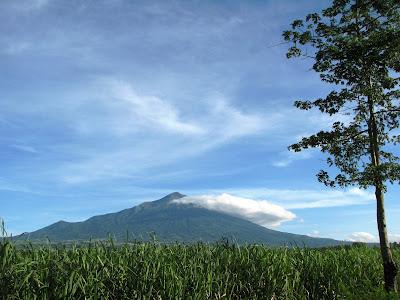 mt kanlaon, Mt. Kanlaon Negros Oriental, mt kanlaon mapot trail, mt kanlaon mananawin trail, highest peak visayas, mt kanlaon negros oriental mt kanlaon bacolod,mt kanlaon, mt kanlaon trek, mt kanlaon climb, mt kanlaon trail, climbing mt kanlaon, mt kanlaon itinerary