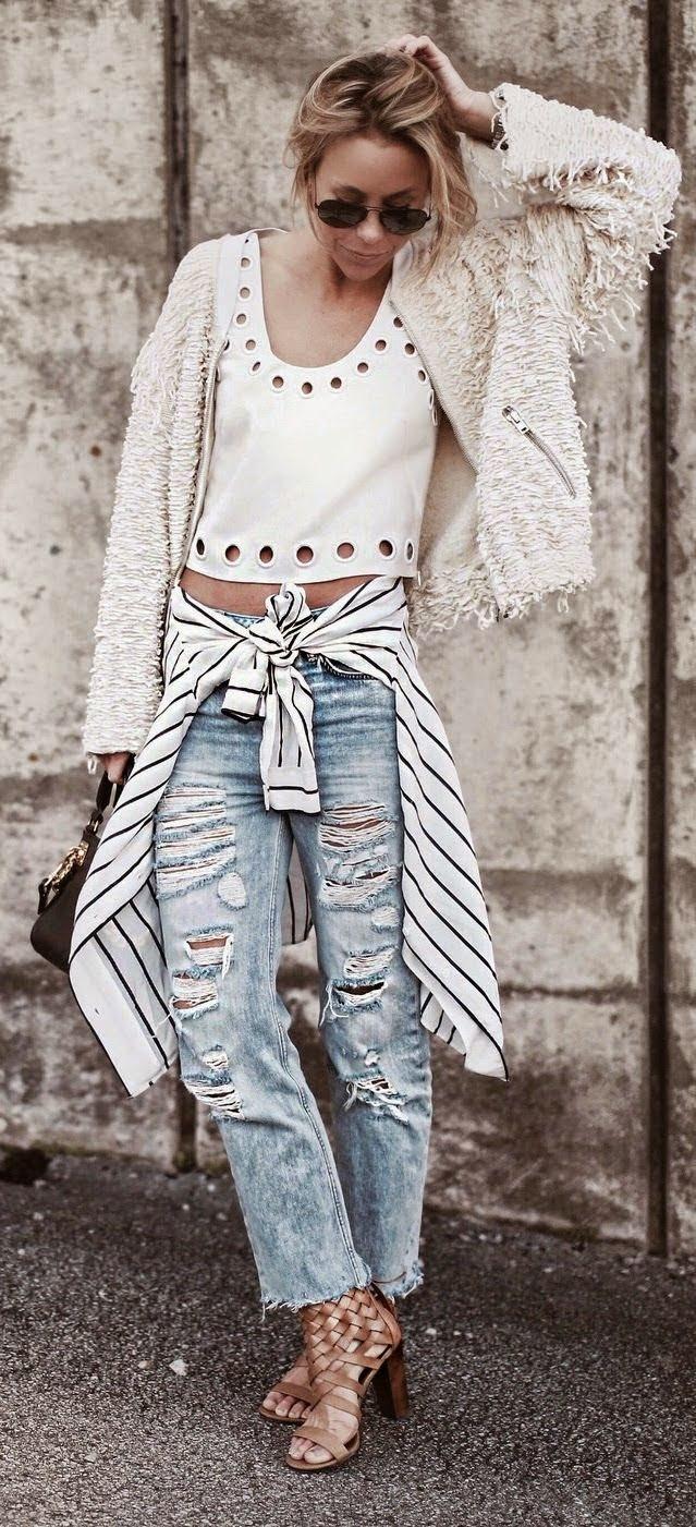 Moda de rua - Calças boyfriend, camisola e top branco
