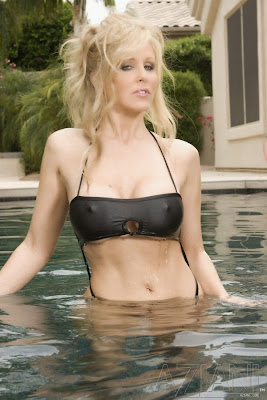 Julia_black bathing suit_1