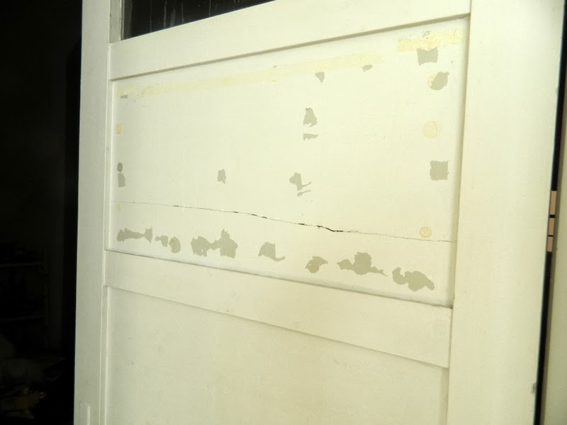 C mo reparar los golpes en las puerta de madera o - Como arreglar puertas de madera rayadas ...