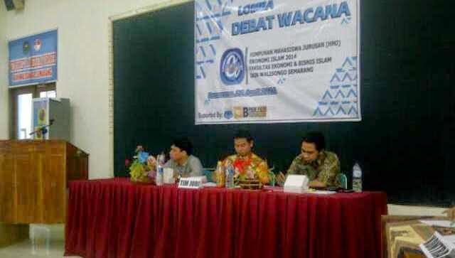 Mahasiswa Ekonomi Islam Gelar Lomba Debat Wacana