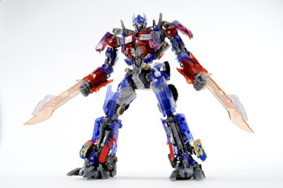 Model Kit DMK01 Optimus Prime