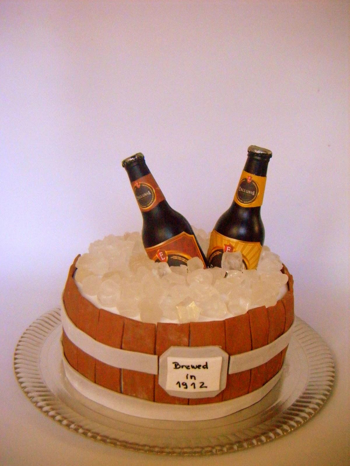 Petite patisserie torta barril de cerveza para gast n for Jardin de la cerveza 2015 14 de agosto