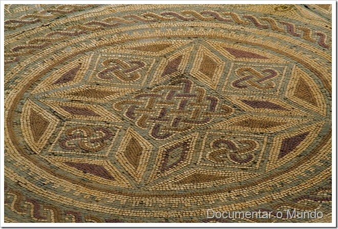 Casa dos Repuxos; Ruínas de Conímbriga; Vestígios romanos em Portugal; romanização em Portugal