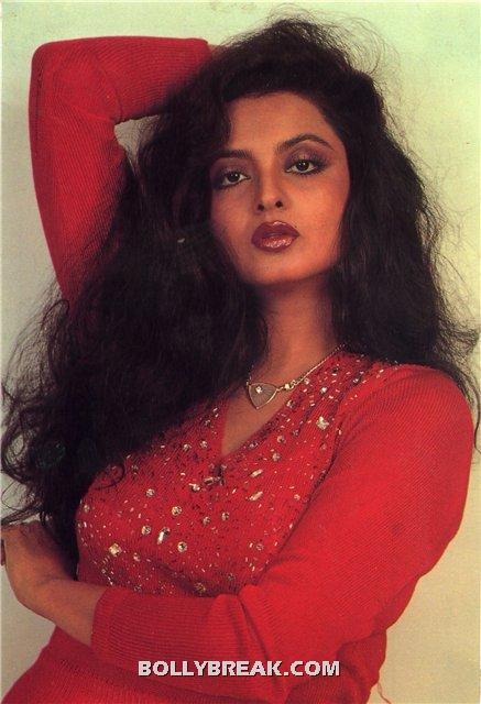 Rekha open long hair red dress - (3) - Rekha Hot Pics - 1980's 1970's Rekha Photo Gallery