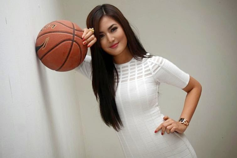 Maria Selena Beautiful Woman From Indonesia - Pretty Girl