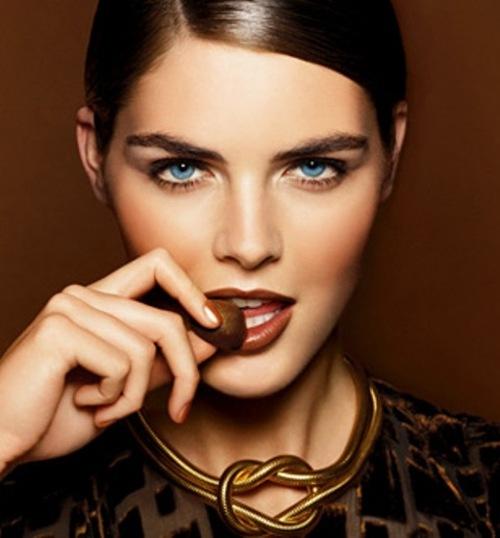 alexis bledel makeup. Bright Pink - Alexis Bledel