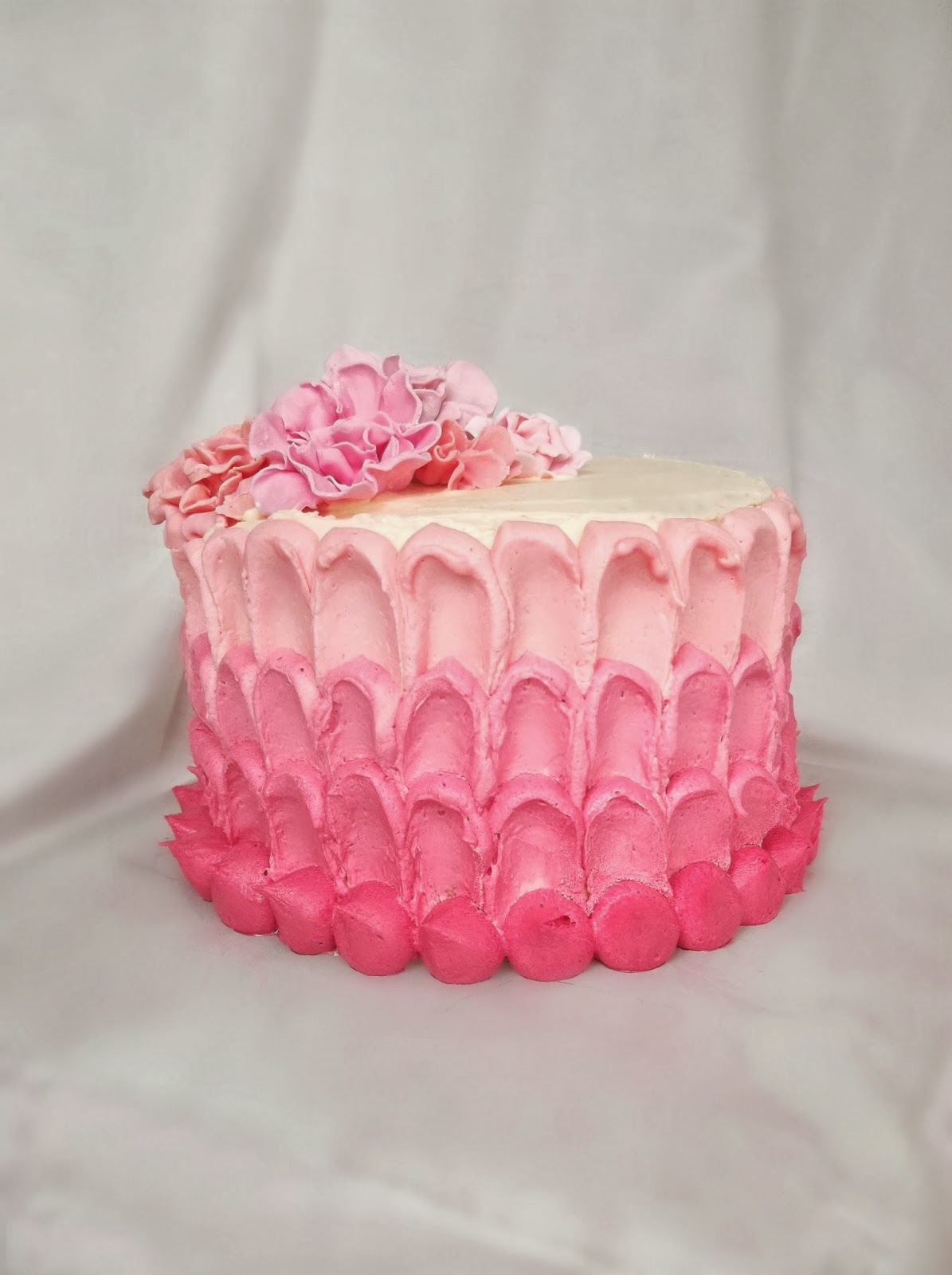 Lick The Spoon Pink Ombre Cake Tutorial
