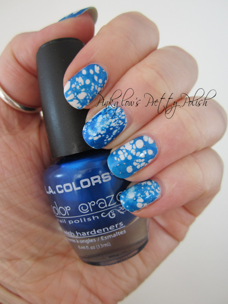 Water-spotted-nail-art-with-bottle.jpg