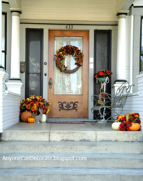 Anyone can decorate fall front porch ideas 2012 Small front porch decorating ideas for fall