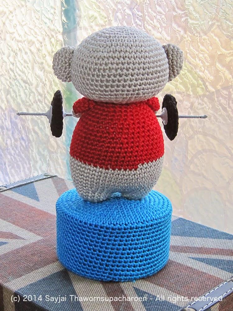Amigurumi Crochet Patterns K And J Dolls : Weight-lifting Amrigurumi Bear: Chubby Bear Crochet ...