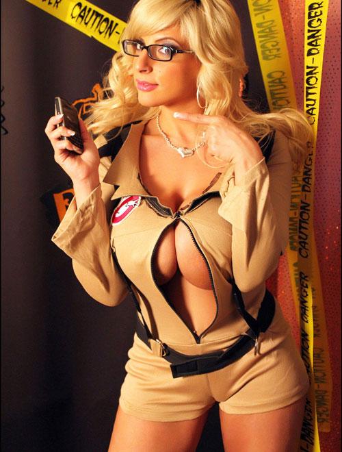 http://3.bp.blogspot.com/-I6LVdoHVt0M/UZ7VQLtSWsI/AAAAAAAADcY/xx1b3XI8GKs/s1600/SexyGhostbuster3.jpg