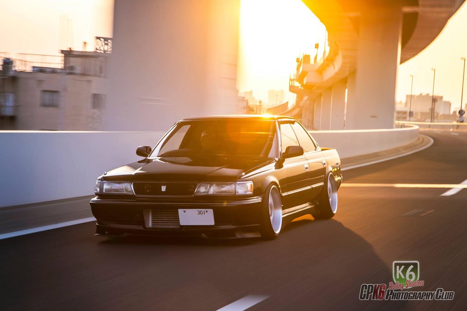 Toyota Chaser, X80, japoński sedan, turbodoładowany, JDM, tuning, japońskie samochody, motoryzacja