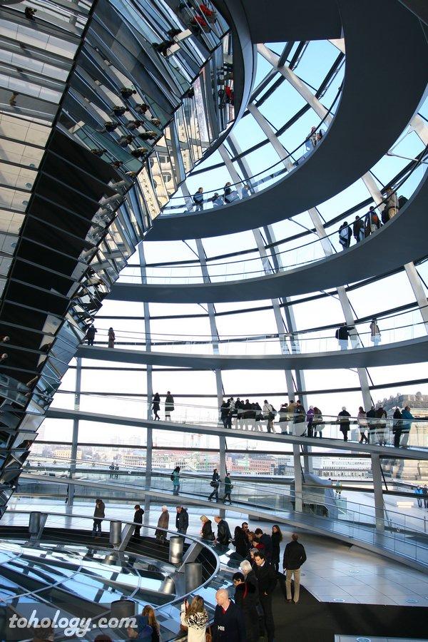 Reichstag dome's walkways / Дорожки в куполе Рейхстага