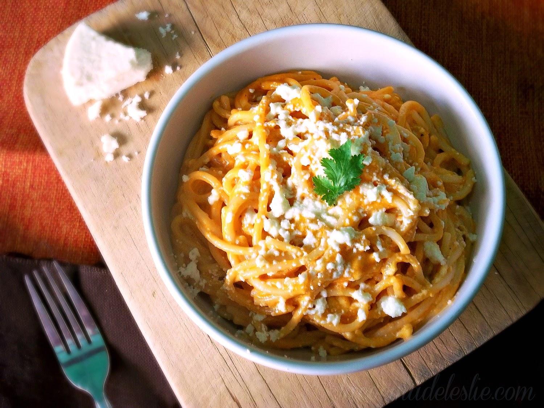 Sopa de Espagueti con Crema y Queso Fresco - lacocinadeleslie.com