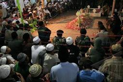 Lebih Dari 2000 Orang Per Hari Berziarah Ke Makam Gus Dur