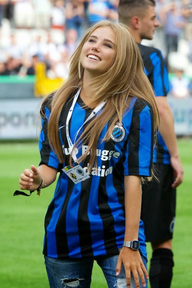 Axelle Despiegelaere Suporter Spesial Club Brugge 72bidadari.blogspot.com