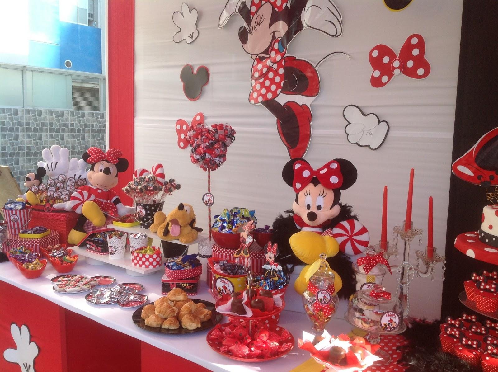 Imagenes de mesas de postres para fiestas infantiles imagui for Decoracion de mesas dulces infantiles
