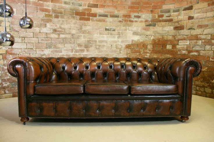 Sofa Chester de piel.