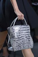 Голяма чанта с къси дръжки, имитация на животинска кожа, дизайн Christian Dior