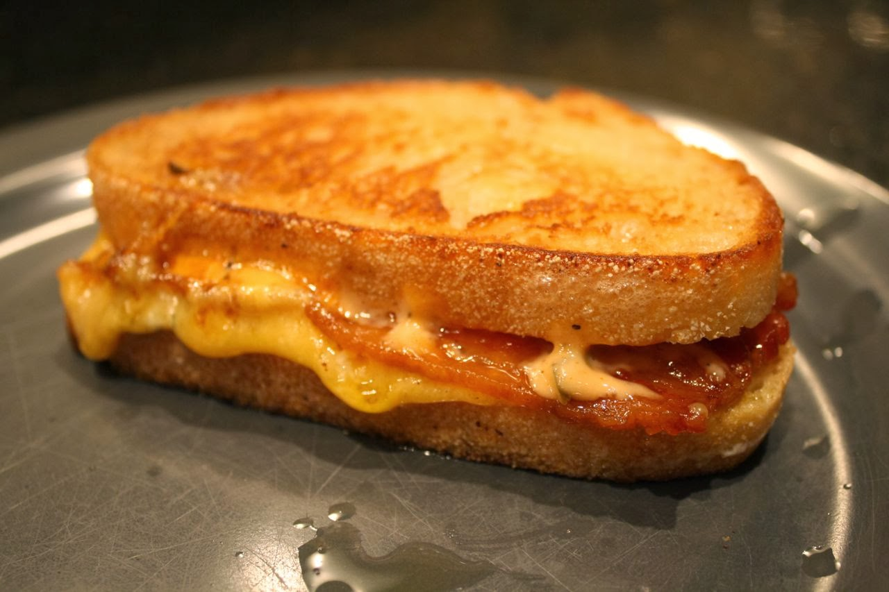 ... . 885: Grilled Double Gloucester & Stilton Cheese Sandwich with Bacon