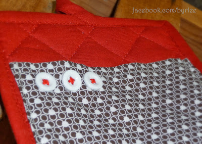 facebook.com/byrlee--adorable potholder