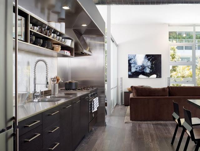 พื้นห้องครัวชายหนุ่มโสด