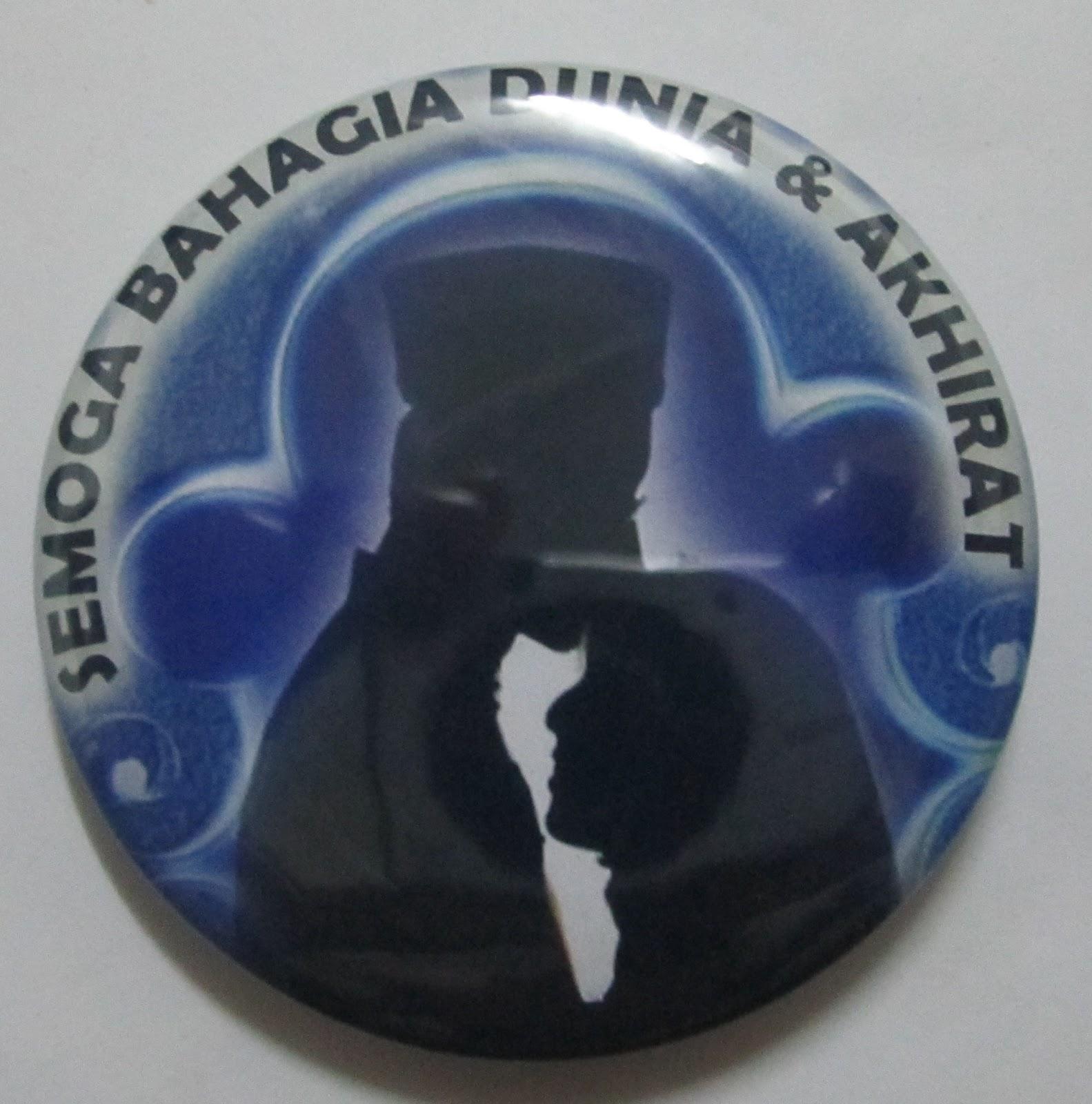 Button Badge Design jbsb creative enterprise contoh design button badge ready made