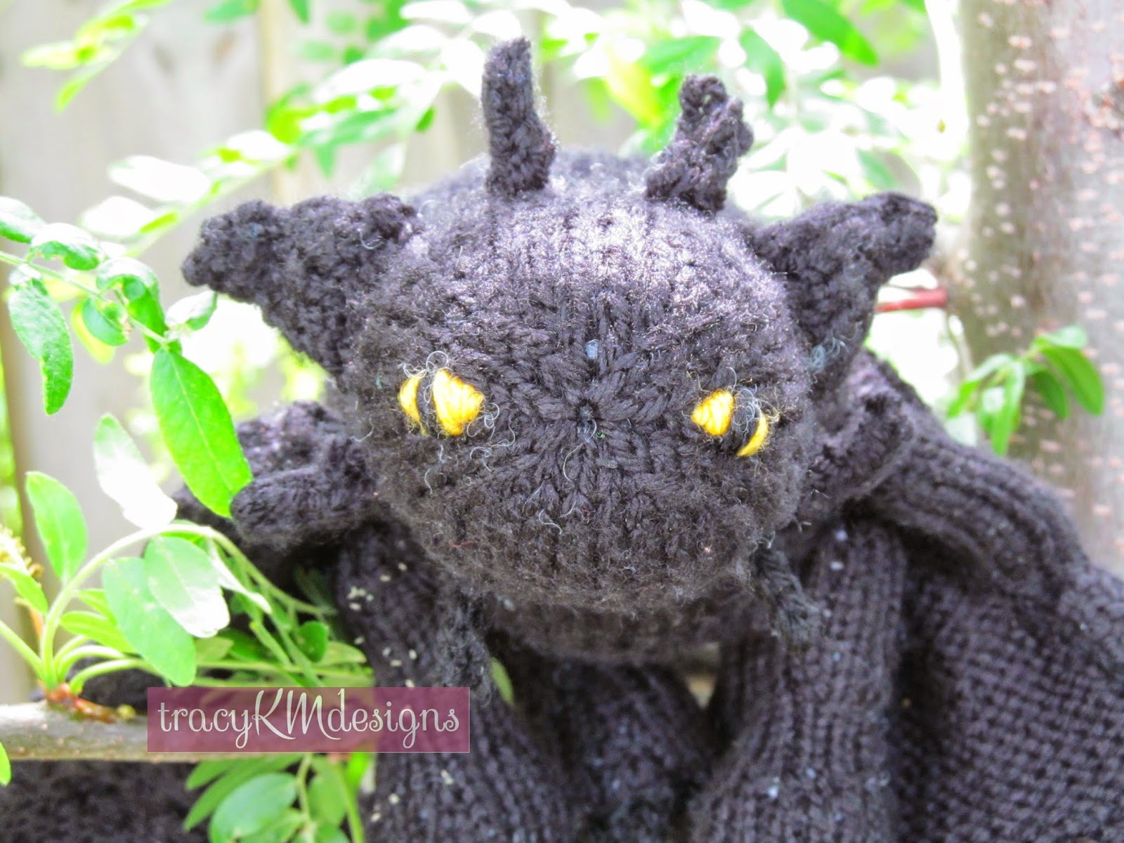 Toothless Knitting Pattern : Knotty Knits and Naughty Kids: Toothless!