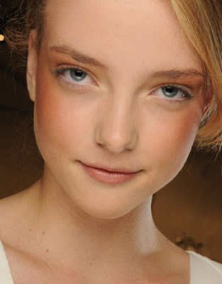 Spring and Summer 2012 Makeup Trends