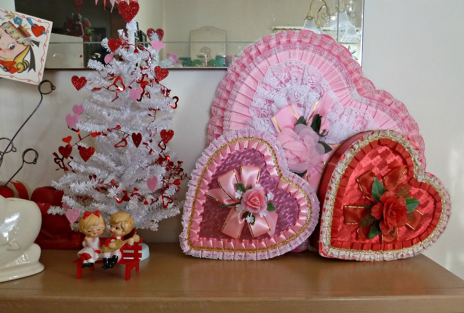 old glory cottage - Vintage Valentine Decorations