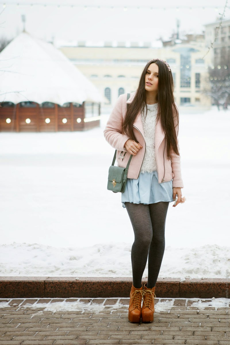 ootd flowy skirt in winter