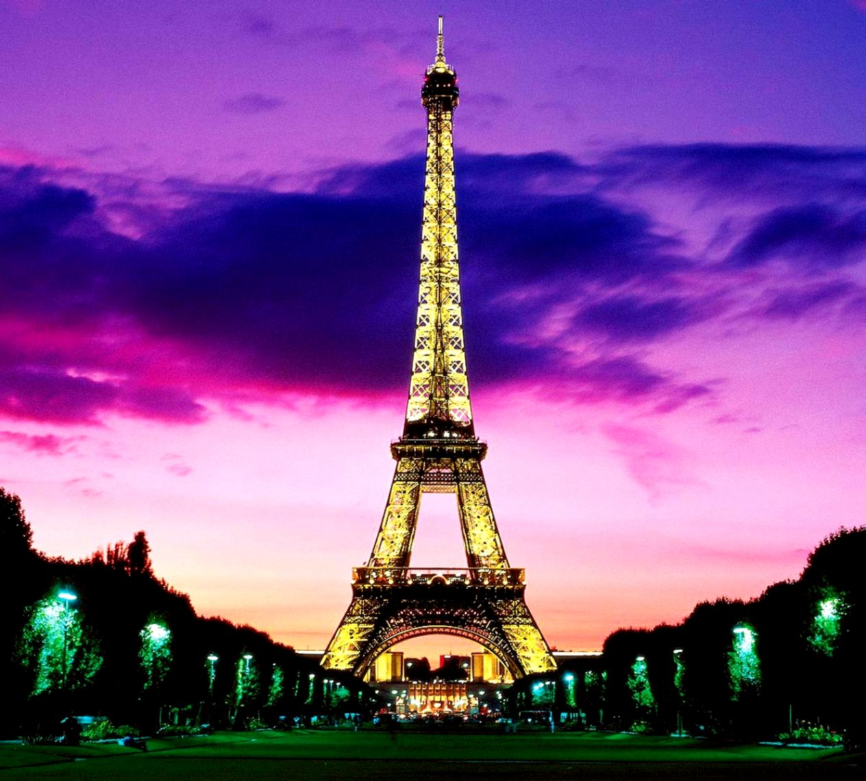 Eiffel Tower Wallpapers Hd 1024x768PX  Eiffel Tower Night Iphone