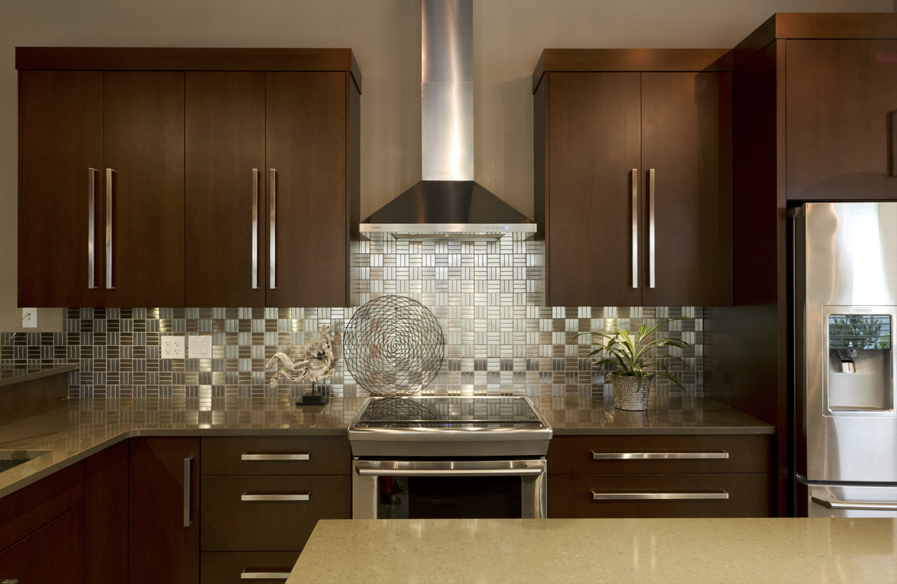 Stainless steel backsplash panel Kitchen backsplash ideas stainless steel
