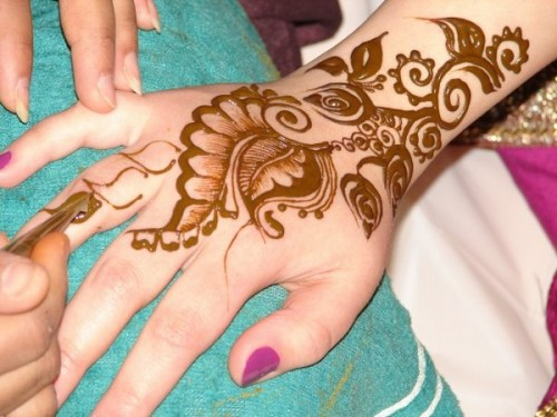 New Party Mehndi Designs : Easy mehndi designs for party desings