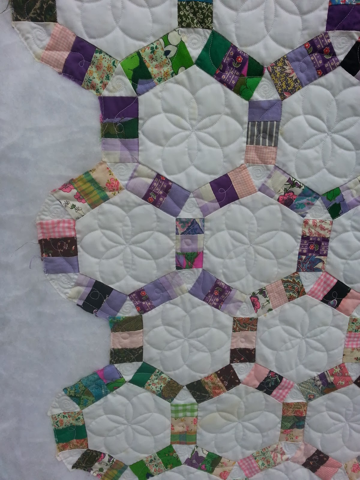 kelly cline quilting wedding ring tile pattern