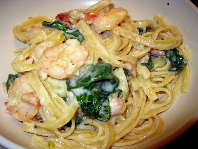 The Virtuous Wife: Creamy Shrimp and Bacon Pasta