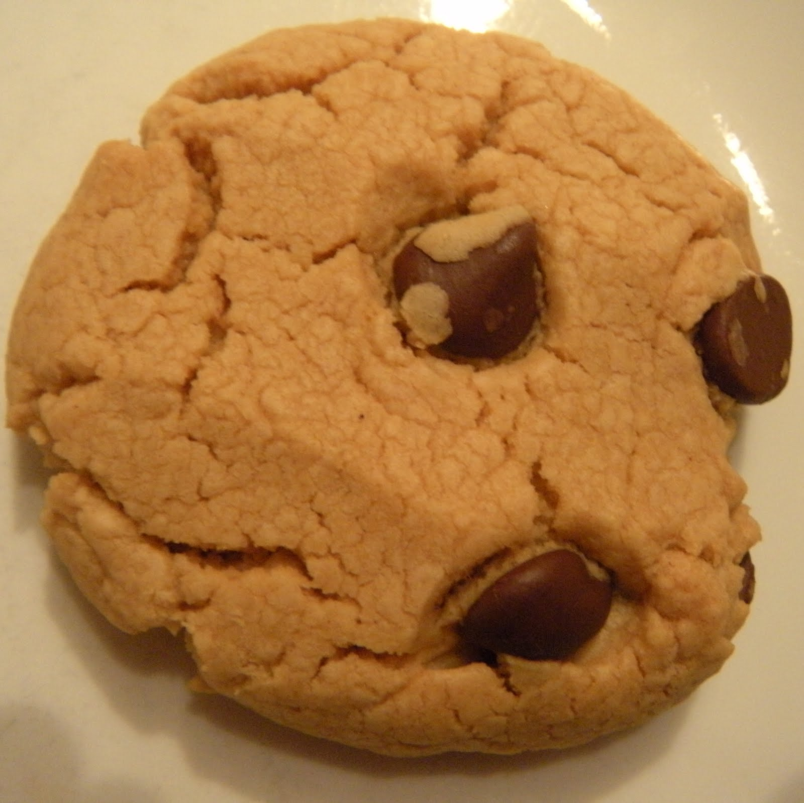 ... Makin' Now?: Peanut Butter Chocolate Chip Cookies (5 Ingredients
