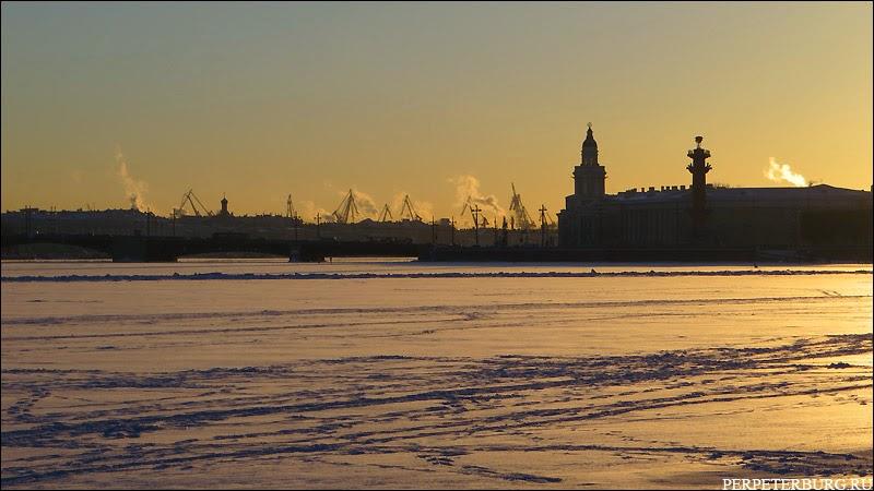 Пейзаж Петербурга зимой фото