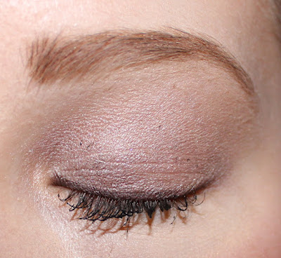 Clinique's Pretty Easy Eye Palette